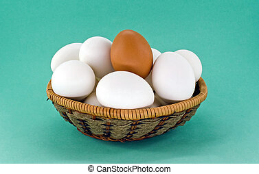 vejce, proutěný koš