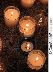 velas de votive, iglesia