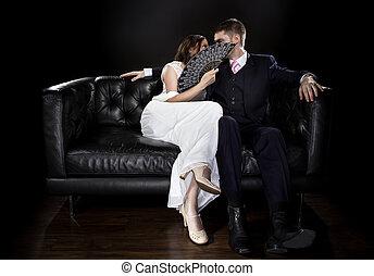 vendange, couple, engagé, derrière, ventilateur, dissimulation