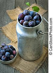 vendange, prunes, boîtes, fer