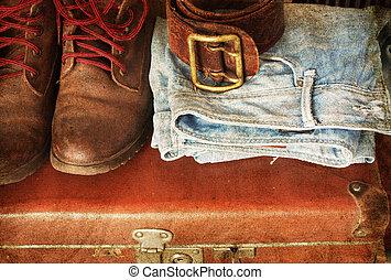 vendemmia, valigia, vestiti