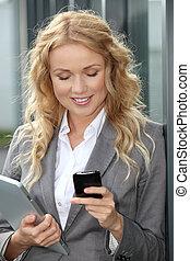 vendeuse, tablette, téléphone portable, numérique, ...