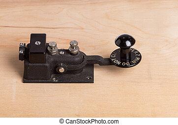 vendimia, llave telégrafo, en el escritorio
