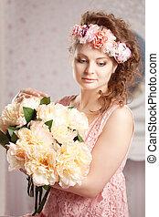vendimia, mujer, con, flores
