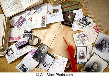 vendimia, papel, con, libros viejos, postales, cartas,...