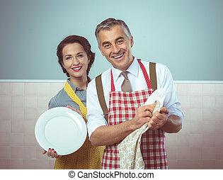 vendimia, pareja, lavado del plato, juntos