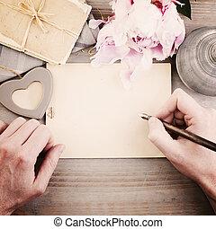 vendimia, plano de fondo, con, manos masculinas, pluma y, paper., hombre, escritura, adore carta