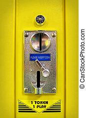 Vending machine coin slot