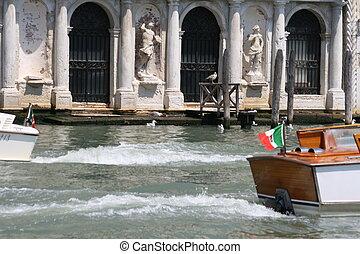 venecia, navegación