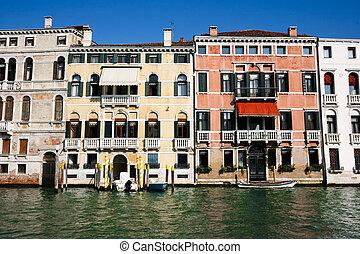 veneciano, resistido, fachadas