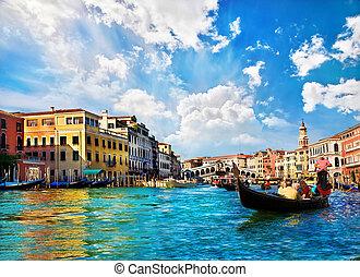 venedig, grannn kanal, med, gondoler, och, rialto överbrygg,...