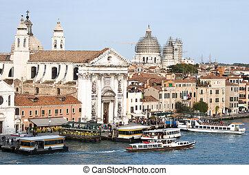 Venedig, transport, publik