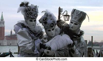 venetian mask 42