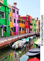 venetie, burano, kleurrijke
