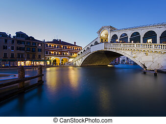 Venice at night. view of Rialto Bridge