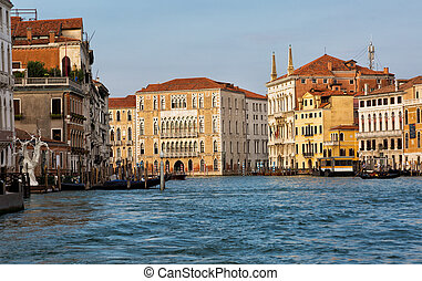Venice, houses on piles built lengthways the Grand Canal