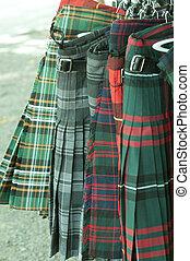 venta, faldas escocesas