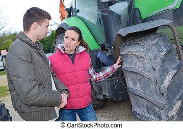 venta, principiante, marca, mujer, atractivo, granjero, nuevo, tractor