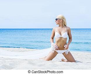 verão, ajustar, jovem, biquíni, menina, praia