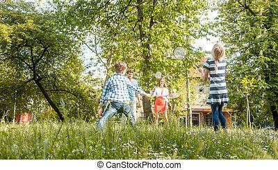 verão, badminton, prado, família, tocando