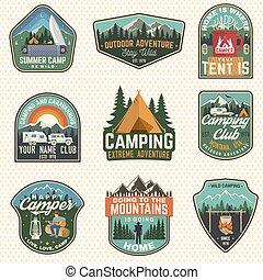 verão, conceito, reboque, projeto fixo, patch., rv, silueta, camisa, acampamento, vindima, floresta, vector., logotipo, guitarra, campfire, barraca, impressão, homem, badges., acampamento, tipografia, selo, urso, ou