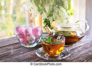 verão, copo, chá, ensolarado, vaso, vidro, morning., fundo, marshmallows, hortelã, bule, transparente