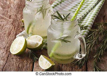 verão, jarro., bebida, cima, gelo, vidro, lima, fim, gelado, alecrim, horizontais