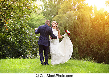 verão, par, casório, prado, jovem
