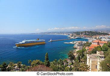 verão, vista, de, cidade, de, agradável, e, a, porto, com, crusie, ship.