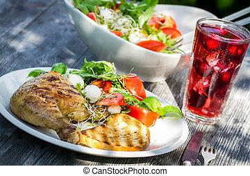 verano, cena, jardín, recientemente, servido