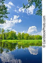 verano, paisaje, con, narew, río, y, nubes, en, el, cielo...