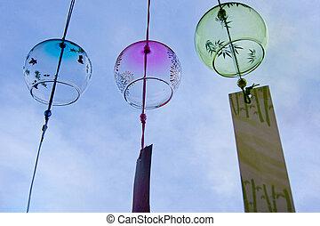 verano, sol, fresco, carillones del viento