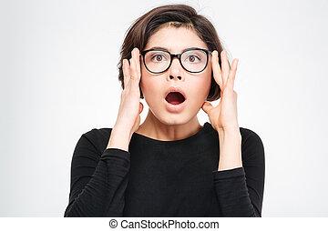 verbaasde vrouw, kijken naar van fototoestel