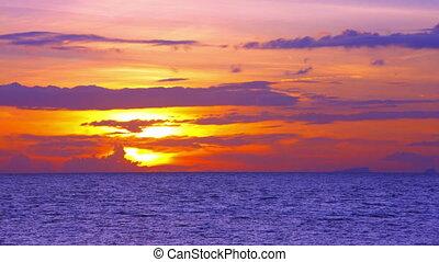 verbazend, ondergaande zon , op, de, mooi, hemel, met,...