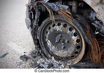verbrannt, auto