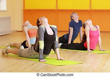verbuiging, groep, ruggen, aerobics