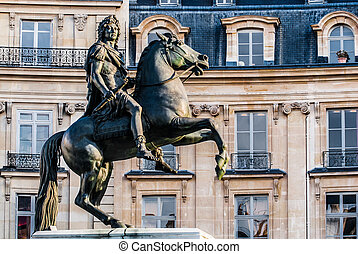vercingetorix square statue paris city France