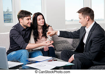 verdadero, pareja, agente, propiedad, feliz