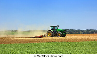 verde, campo, trator, trabalhando