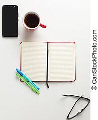 verde, quaderno, aperto, occhiali, caffè, penna, testo, tazza, sfondo bianco, telefono, rosso, vista, spazio, blu, cellula, cima