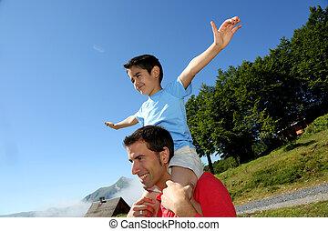 verdragend, schouders, zijn, papa, zoon