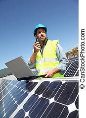 verificar, photovoltaic, instalación, ingeniero