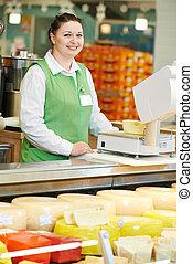 verkäuferin, in, supermarkt, laden