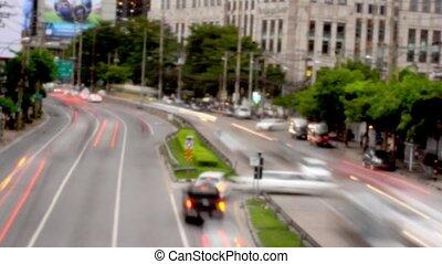 verkehr, auf, straße, in, bangkok, thailand., hd., verwischt, hintergrund., timelapse, geschwindigkeit, auf, mit, tag, zu, night., 1920x1080