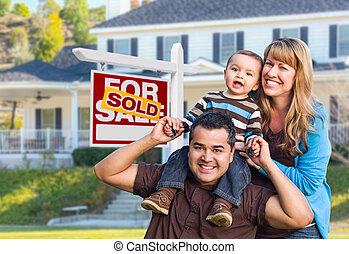 verkligt gods, familj, hus, såld, ung, underteckna, främre del