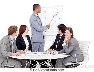 verkoopteam, zijn, figuren, zakenman, berichtgeving, peinzend