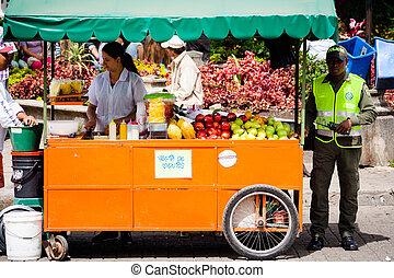 verkoper, van, fruit, in, guatape, colombia