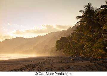 verlaten, zonsondergang strand