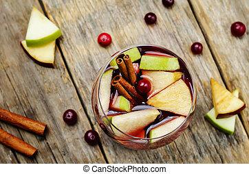 vermelho verde, maçã, arando, canela, sangria