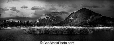 Vermilion Lakes Evening